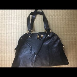 Yes Saint Laurent (YSL) Large Leather Muse Bag